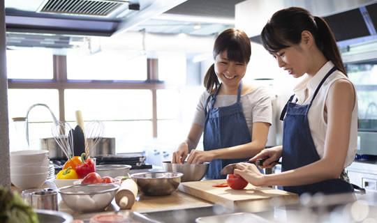 Asiatische Haushaltswaren